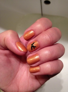 simple glitter nail art bird